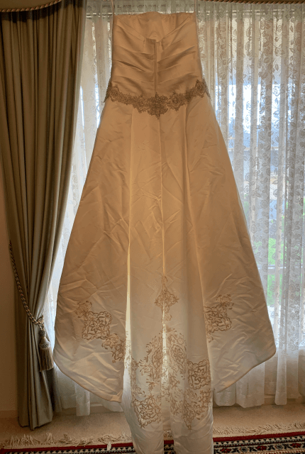 Oleg Cassini – Size 8 Ball Gown dress | Second hand wedding dresses WALKLEY HEIGHTS - 5
