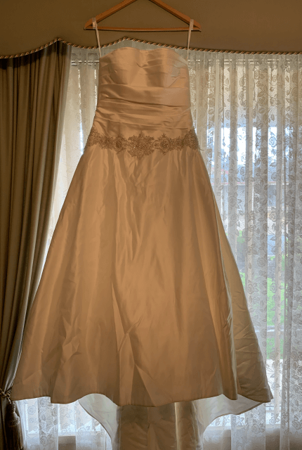 Oleg Cassini – Size 8 Ball Gown dress | Second hand wedding dresses WALKLEY HEIGHTS - 4