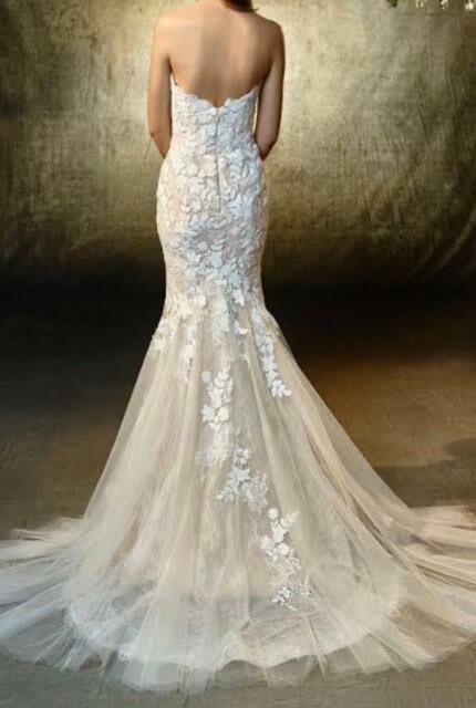 Enzoani – Size 8 Fishtail dress | Second hand wedding dresses Beverly Hills - 7