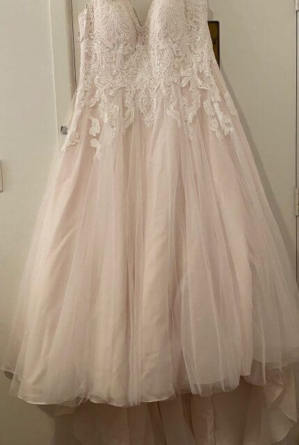 Stella York – Size 22 A-Line dress | Second hand wedding dresses Cammeray - 3