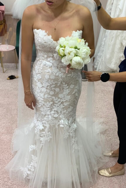 Enzoani – Size 8 Fishtail dress | Second hand wedding dresses Beverly Hills - 4