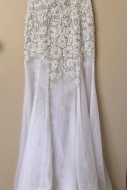 Oglia-Loro – Size 8 Fit and Flare dress | Second hand wedding dresses Whiteheads Creek - Size 8