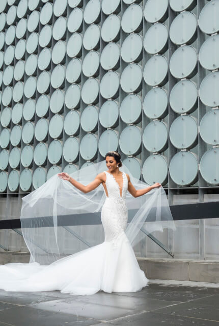 Jason Grech White – Size 8 Fit and Flare dress | Second hand wedding dresses Yarraville - 2