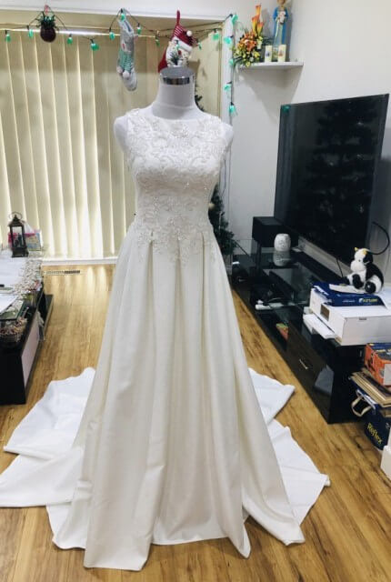 Bespoke / Other – Size 8 A-Line dress | Second hand wedding dresses Noble Park - Size 8