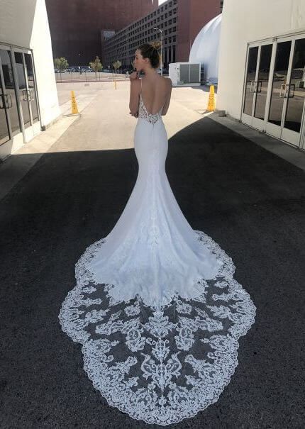 Enzoani – Size 14 Trumpet dress | Second hand wedding dresses Thornbury - Size 14