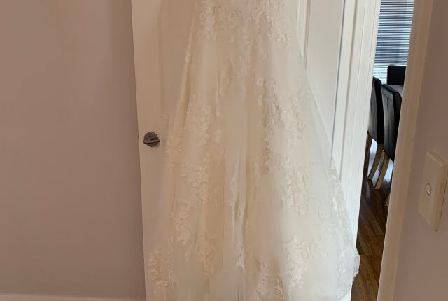 Stella York – Size 10 A-Line dress | Second hand wedding dresses Redcliffe - 7