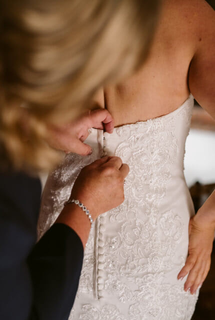 Brides of Armadale – Size 10 Fit and Flare dress   Second hand wedding dresses Mooroolbark - 3