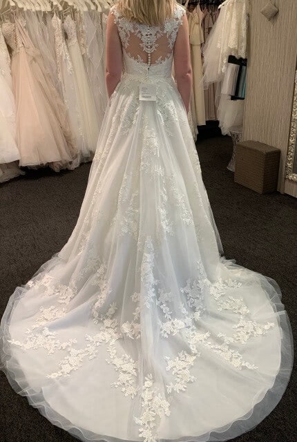 Stella York – Size 10 A-Line dress | Second hand wedding dresses Redcliffe - 2