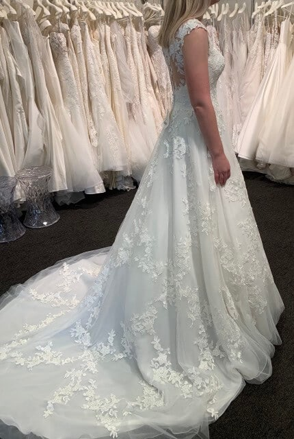 Stella York – Size 10 A-Line dress | Second hand wedding dresses Redcliffe - 3