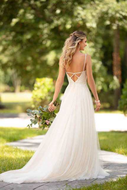 Stella York – Size 8 A-Line dress | Second hand wedding dresses Bendigo - Size 8
