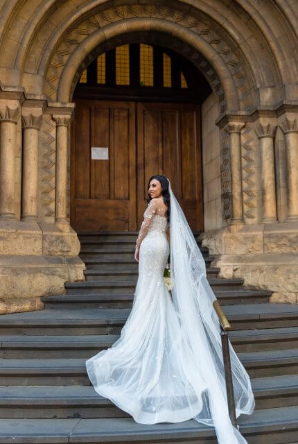Paolo Sebastian – Size 6 Fishtail dress | Second hand wedding dresses Clyde North - Size 6