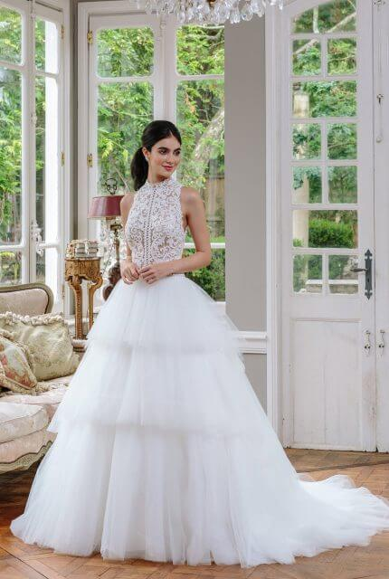 Emerald Bridal – Size 6 Ball Gown dress | Second hand wedding dresses Cremorne - Size 6