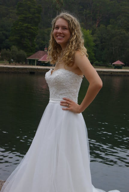 Bridal Chic – Size 12 A-Line dress   Second hand wedding dresses Westmead - Size 12