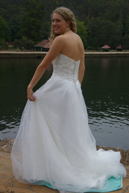 Bridal Chic – Size 12 A-Line dress   Second hand wedding dresses Westmead - 4