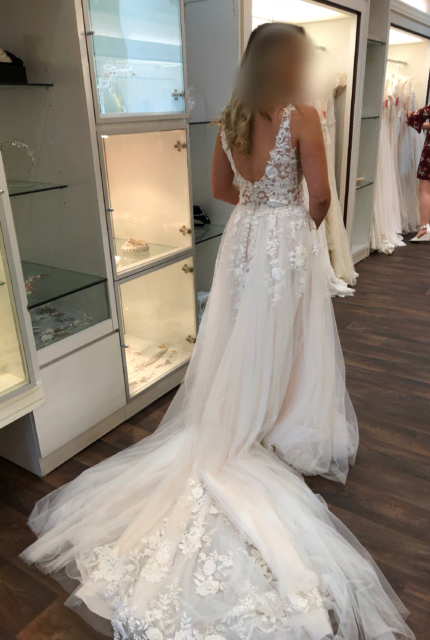 Collezione Bridal Couture – Size 10 Ball Gown dress | Second hand wedding dresses AVELEY - 2