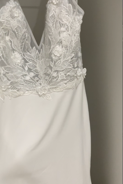 Made With Love – Size 8 A-Line dress | Second hand wedding dresses Caddens - 4