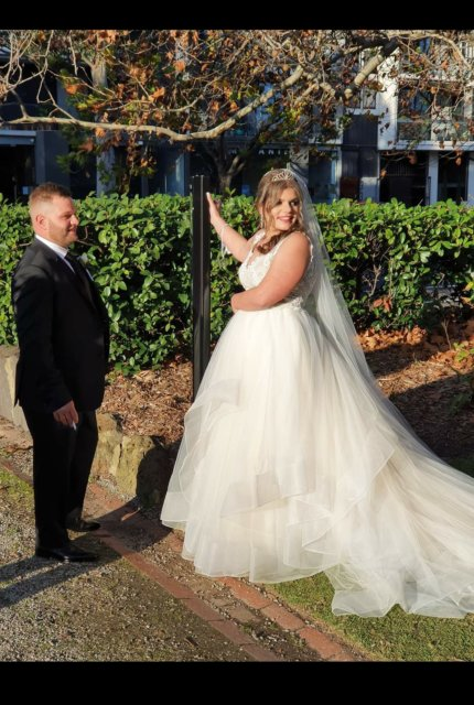 Cizzy Bridal – Size 14 Ball Gown dress   Second hand wedding dresses Noble park north - 5