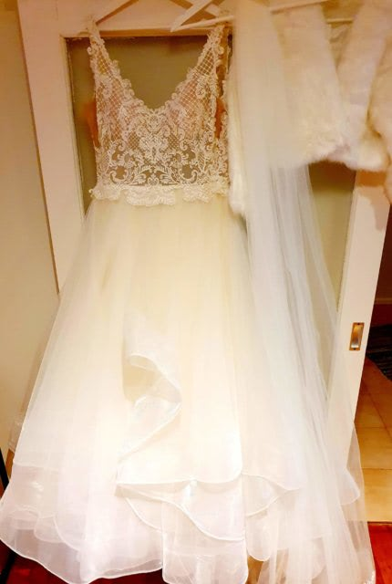 Cizzy Bridal – Size 14 Ball Gown dress   Second hand wedding dresses Noble park north - 4