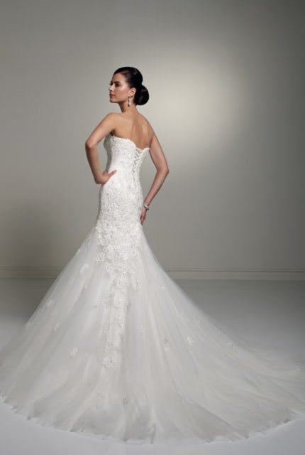 Sophia Tolli – Size 6 Fit and Flare dress | Second hand wedding dresses Balgownie - 3