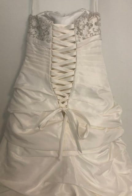 Christina Rossi – Size 10 Strapless dress | Second hand wedding dresses Tecoma - 4