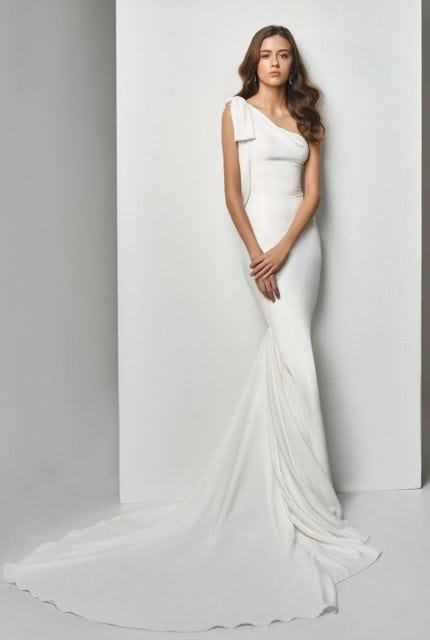 Enzoani – Size 6 Fishtail dress | Second hand wedding dresses GROVEDALE - 2