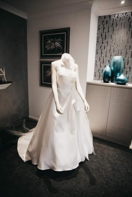 Martina Liana – Size 14 Ball Gown dress | Second hand wedding dresses Wollongong - 3