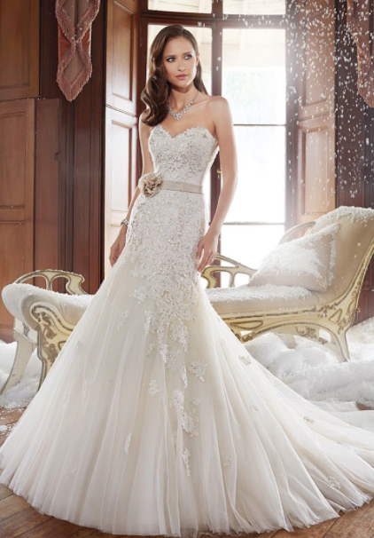 Sophia Tolli – Size 6 Fit and Flare dress | Second hand wedding dresses Balgownie - 10