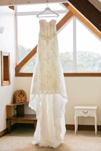 Pronovias – Size 8 Strapless dress | Second hand wedding dresses Paddington - Size 8