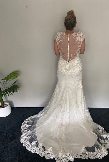 Kenneth Winston – Size 10 Trumpet dress | Second hand wedding dresses Coogee - Size 10