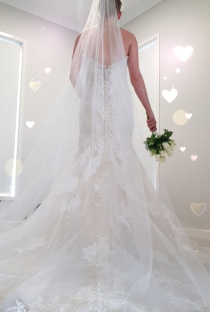 Allure Bridals – Size 10 Fit and Flare dress | Second hand wedding dresses Greenbank - 3