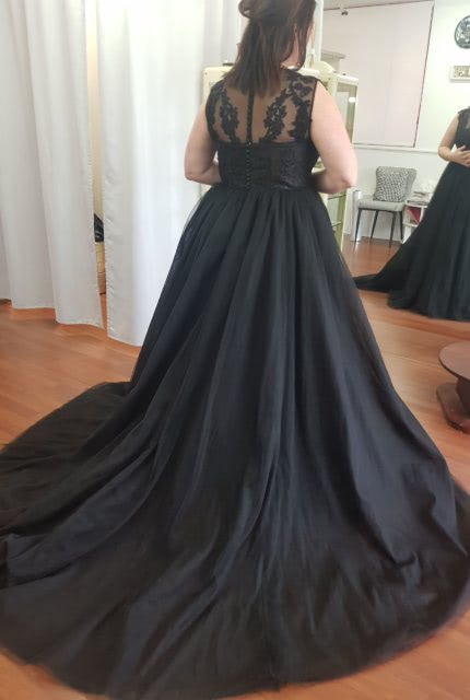 Catherine R Couture – Size 14 Ball Gown dress | Second hand wedding dresses Adamstown - 5