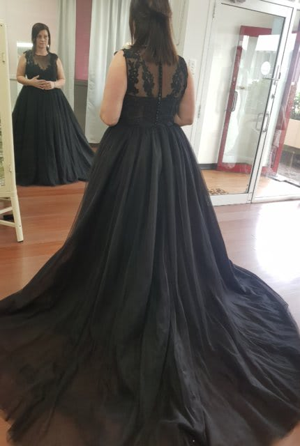 Catherine R Couture – Size 14 Ball Gown dress | Second hand wedding dresses Adamstown - 6