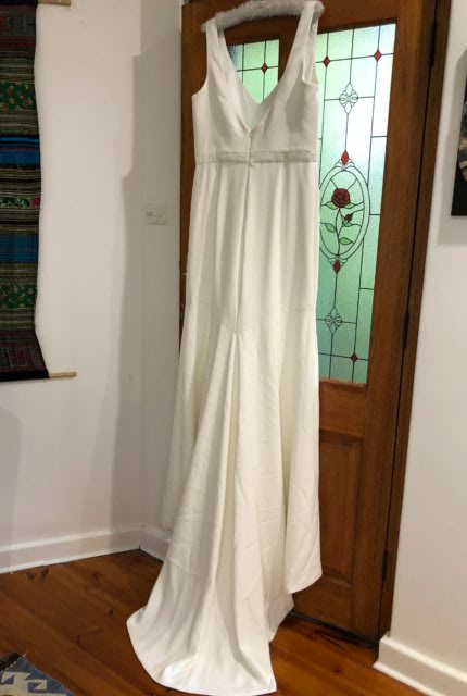 Theia Couture – Size 16 Fit and Flare dress | Second hand wedding dresses Glenalta - Size 16