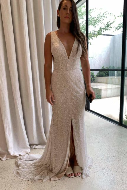 Mariana Hardwick – Size 10 Fit and Flare dress | Second hand wedding dresses Airport West - 3