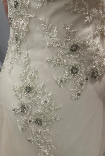 Sarah Janks – Size 6 Fit and Flare dress   Second hand wedding dresses St George - 4