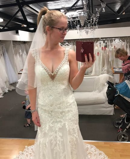 Allure Bridals – Size 6 Fit and Flare dress | Second hand wedding dresses Hamlyn Terrace - 2