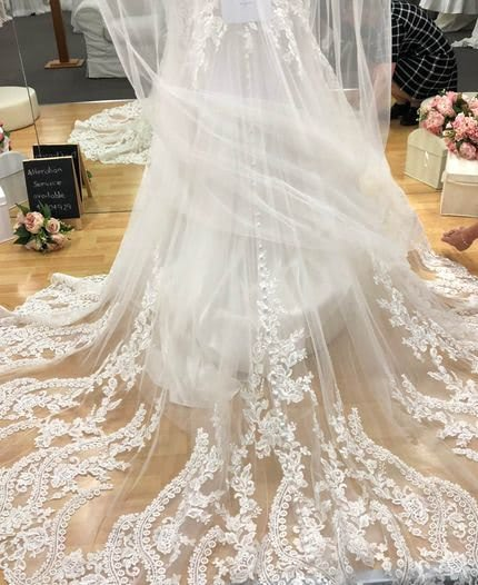 Allure Bridals – Size 6 Fit and Flare dress | Second hand wedding dresses Hamlyn Terrace - 3