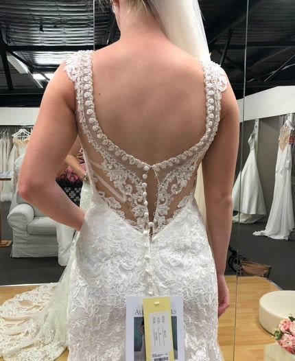 Allure Bridals – Size 6 Fit and Flare dress | Second hand wedding dresses Hamlyn Terrace - 4