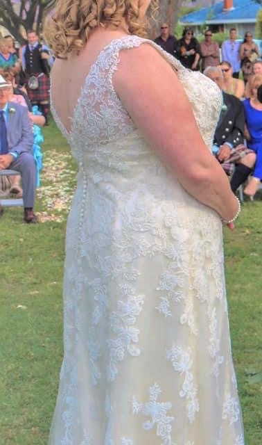Maggie Sottero – Size 20 Fit and Flare dress | Second hand wedding dresses Charlestown - 4