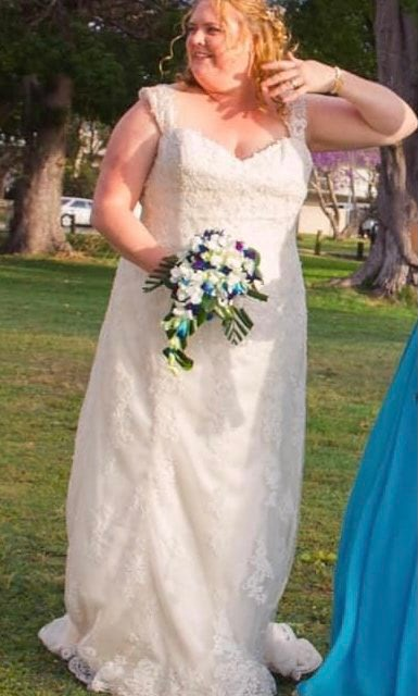 Maggie Sottero – Size 20 Fit and Flare dress | Second hand wedding dresses Charlestown - 5