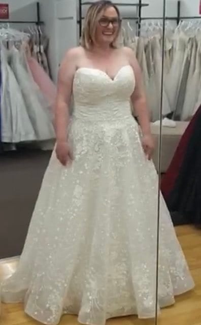 Allure Bridals – Size 16 Ball Gown dress   Second hand wedding dresses Long Jetty - 5