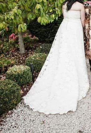 Michelle Roth – Size 20 A-Line dress   Second hand wedding dresses Maroubra - 2