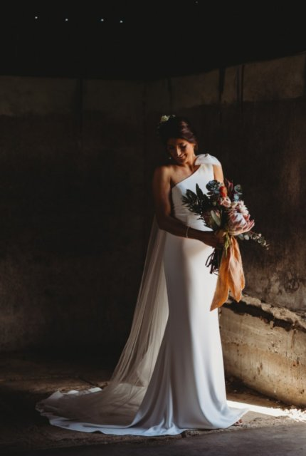 Made With Love – Size 8 A-Line dress | Second hand wedding dresses Wagga Wagga - Size 8