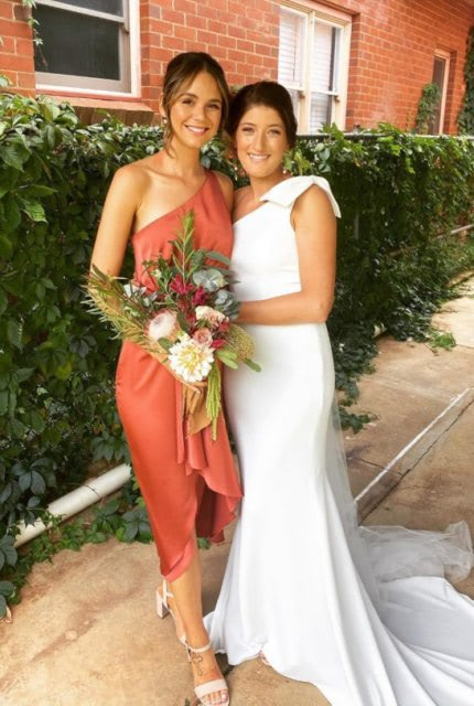 Made With Love – Size 8 A-Line dress | Second hand wedding dresses Wagga Wagga - 2