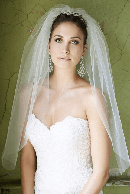 Allure Bridals – Size 12 Fit and Flare dress   Second hand wedding dresses Sunbury - 3