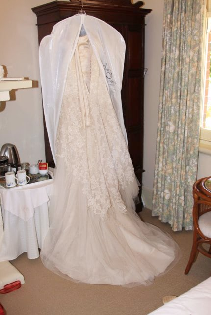 Maggie Sottero – Size 6 Fit and Flare dress | Second hand wedding dresses Evanston Gardens - 5