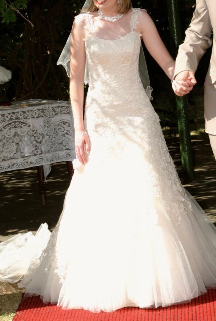 Maggie Sottero – Size 6 Fit and Flare dress | Second hand wedding dresses Evanston Gardens - 2